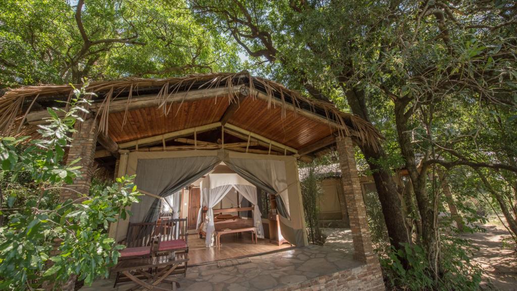 Zelt Chalet im Mara Fig Tree Camp in Kenia   Abendsonne Afrika