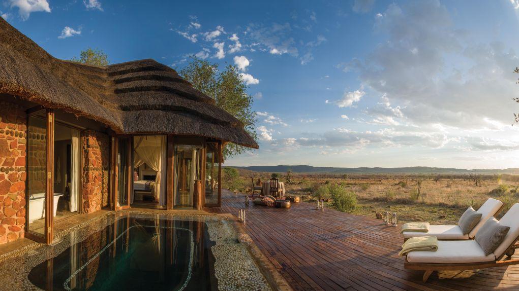 Chalet in der Madikwe Hills Game Lodge in Südafrika   Abendsonne Afrika