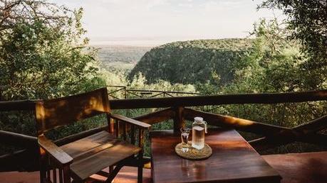 Blick von der Kirurumu Manyara Lodge in Tansania | Abendsonne Afrika