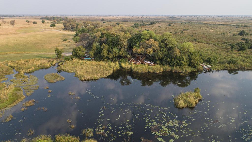 Blick aufs Shinde Camp in Botswana | Abendsonne Afrika