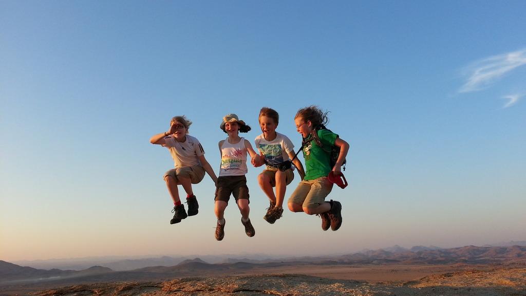 Kinder in Namibia   Abendsonne Afrika