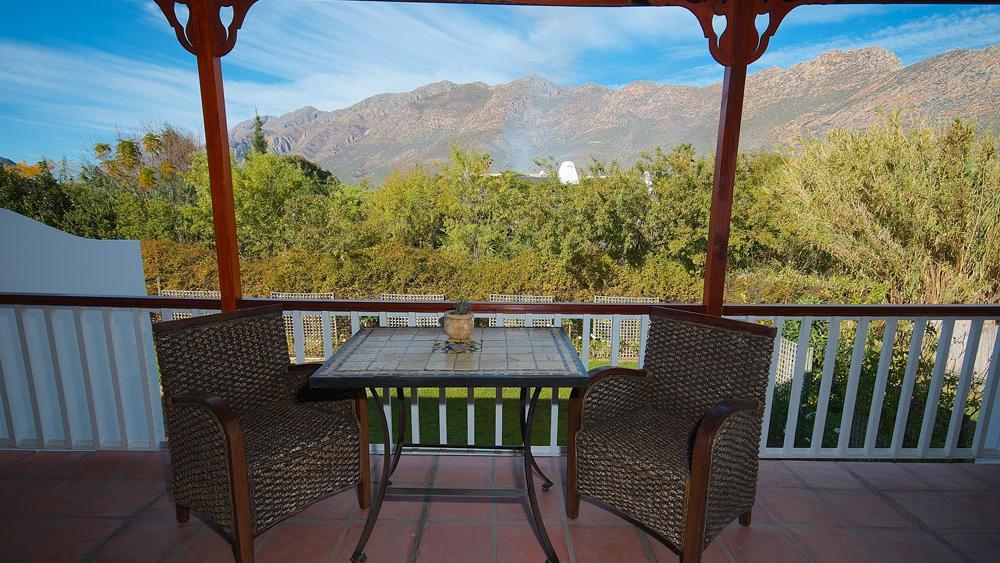 Balkon in der Mimosa Lodge in Südafrika | Abendsonne Afrika