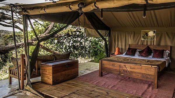 Zelt im Ang'ata Ngorongoro Camp in Tansania   Abendsonne Afrika