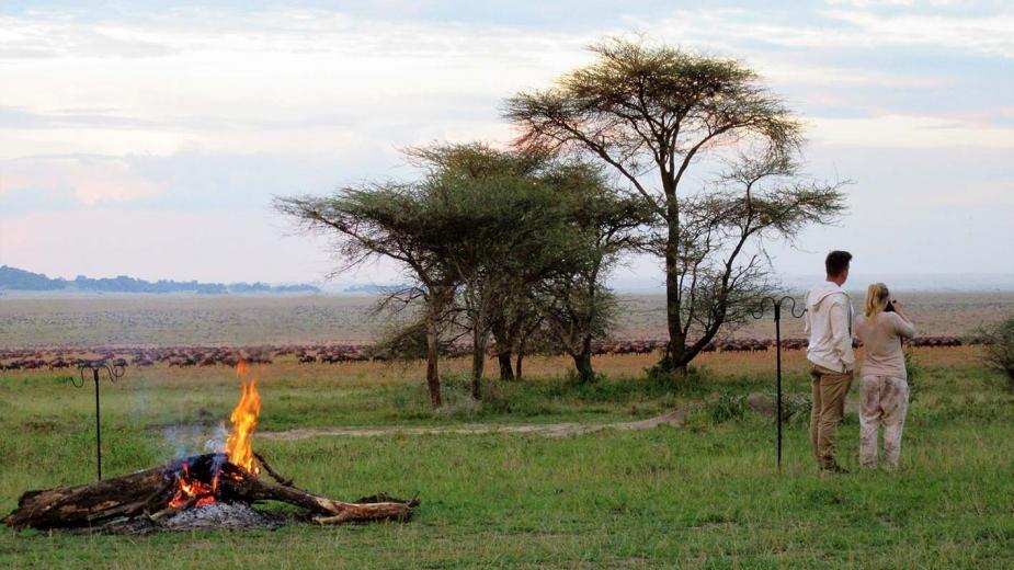 Abends im Serengeti View Camp in Tansania | Abendsonne Afrika