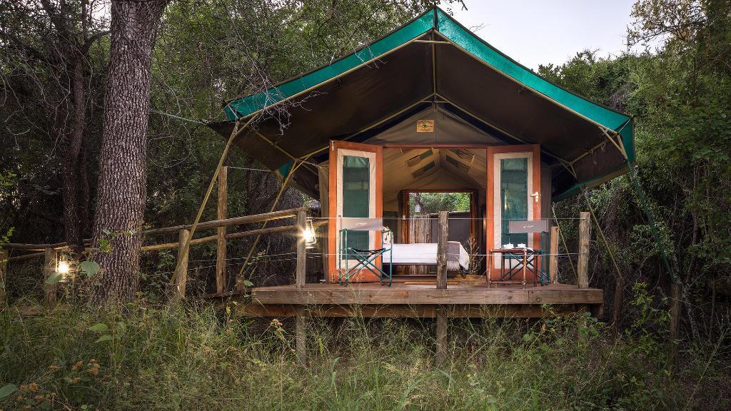 Zeltchalet im Mashatu Tent Camp in Botswana | Abendsonne Afrika
