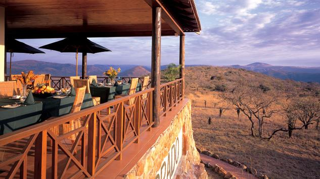 Blick vom Pakamisa Privates Wildreservat in Südafrika | Abendsonne Afrika