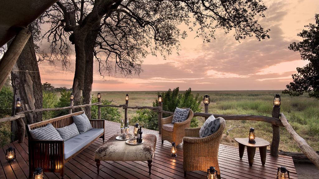 Veranda im Linyanti Bush Camp in Botswana | Abendsonne Afrika