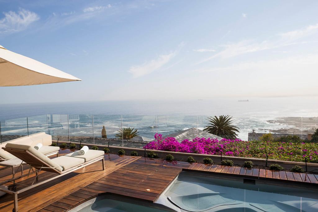 Ausblick auf das Meer vom Ellerman House in Südafrika | Abendsonne Afrika