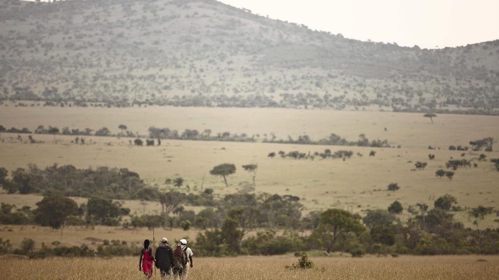 Wanderung im Klein's Camp in Tansania   Abendsonne Afrika
