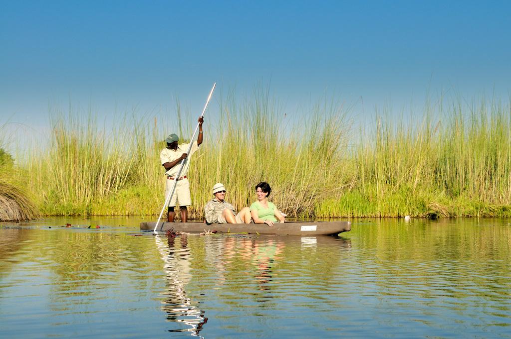 Mokorofahrt in der Nähe des Kanana Camps in Botswana | Abendsonne Afrika