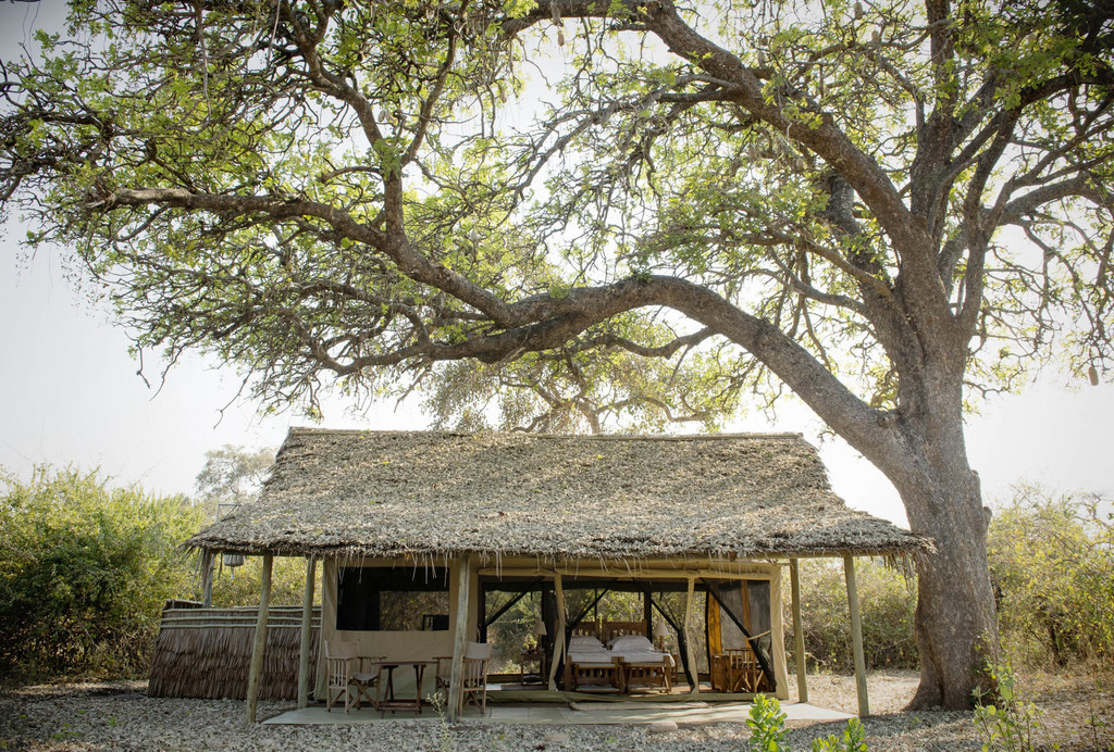 Zelt des Kigelia Camps in Tansania | Abendsonne Afrika