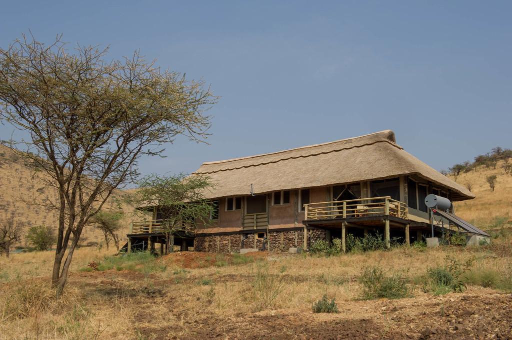 Familienunterkunft im Kubu Kubu Tented Camp in Tansania | Abendsonne Afrika