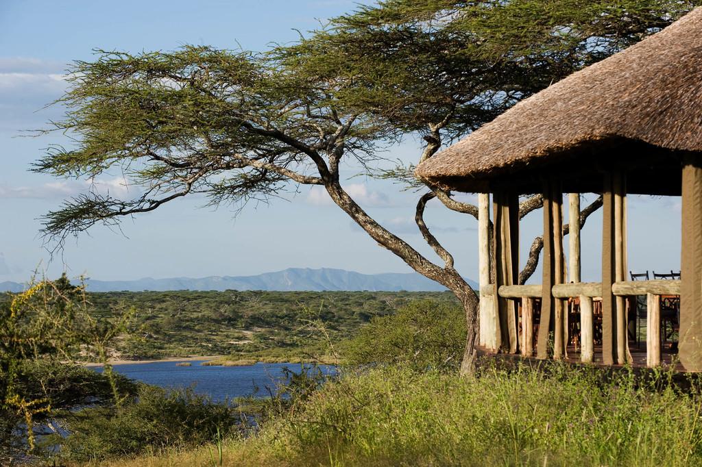 Ausblick vom Lake Masek Tented Camp in Tansania | Abendsonne Afrika
