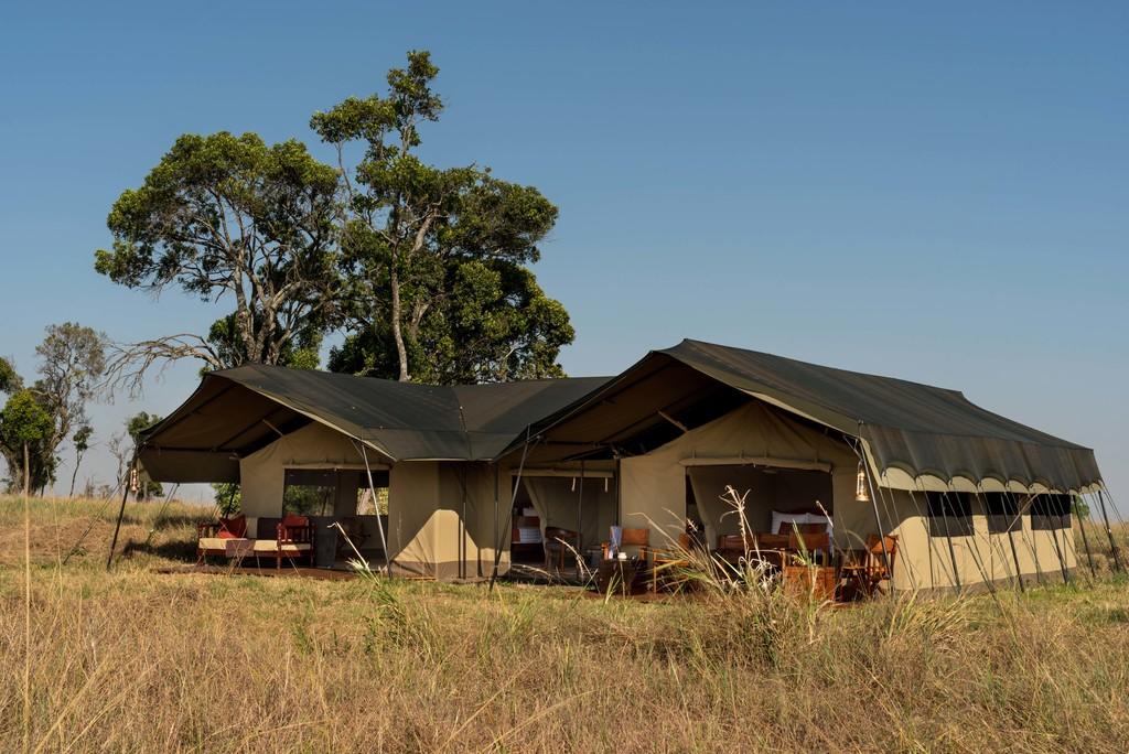 Außenansicht eines Zelts im Lemala Ndutu Tented Camp in Tansania | Abendsonne Afrika