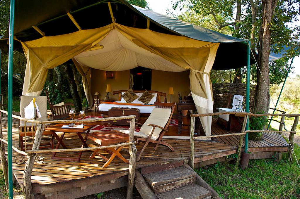 Luxuszelt im Mara Explorer Luxury Tented Camp in Kenia | Abendsonne Afrika