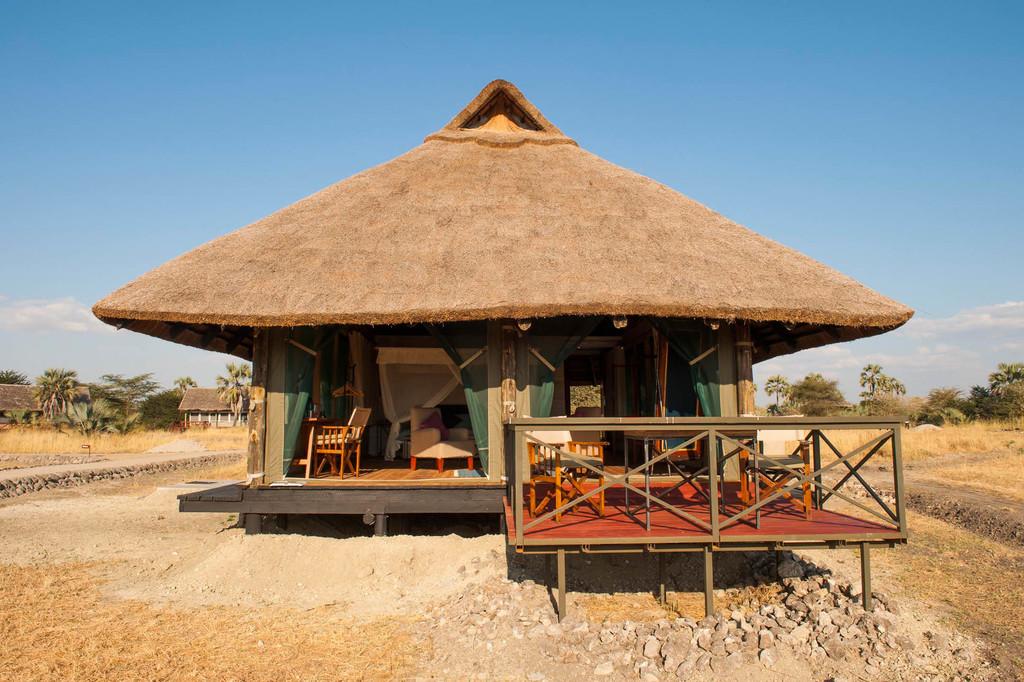 Zelt des Maramboi Tented Camp in Tansania | Abendsonne Afrika