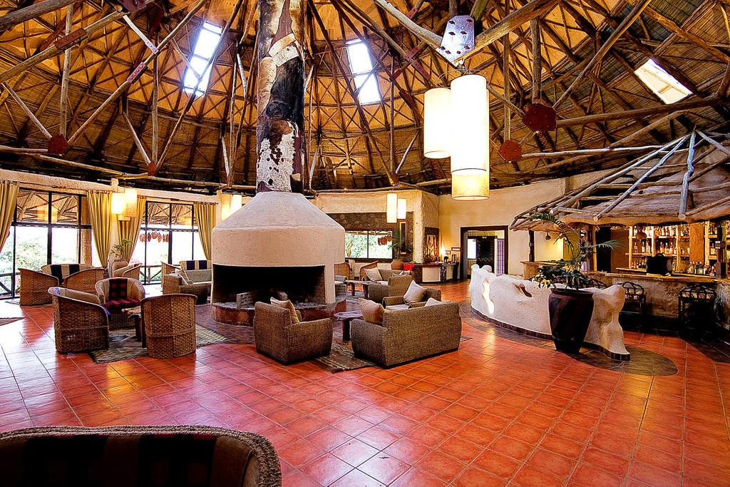 Bar der Masai Mara Sopa Lodge, Masai Mara, Kenia | Abendsonne Afrika
