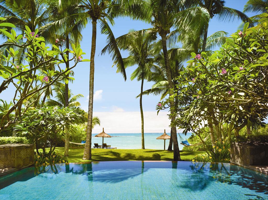 Ausblick von der Villa im One & Only Le Saint Géran auf Mauritius | Abendsonne Afrika