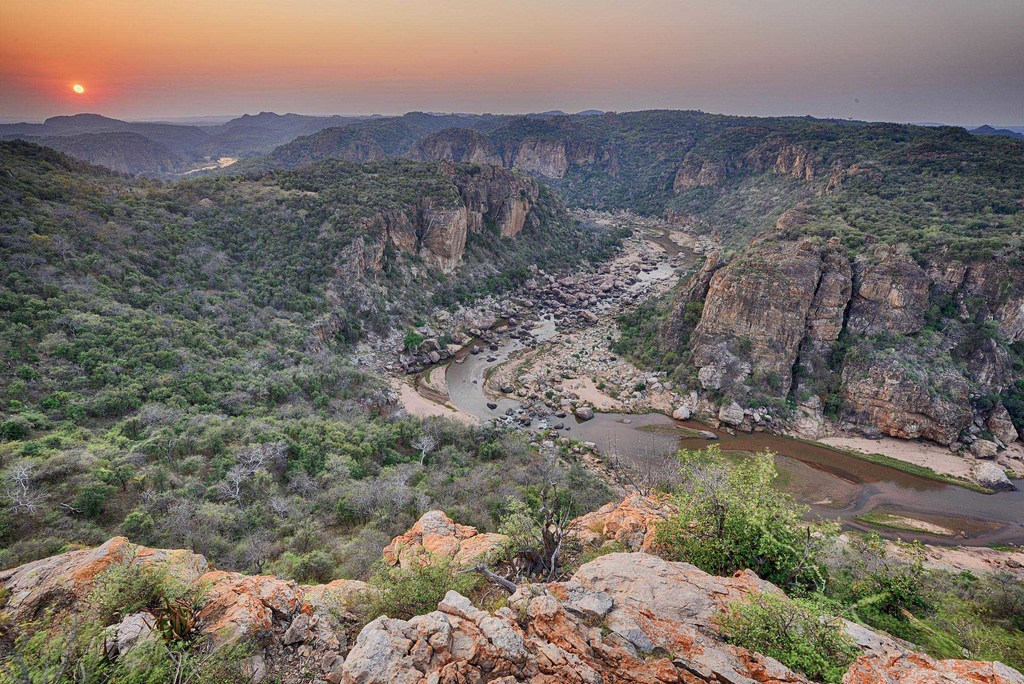 Landschaft um das Pafuri Camp in Südafrika | Abendsonne Afrika