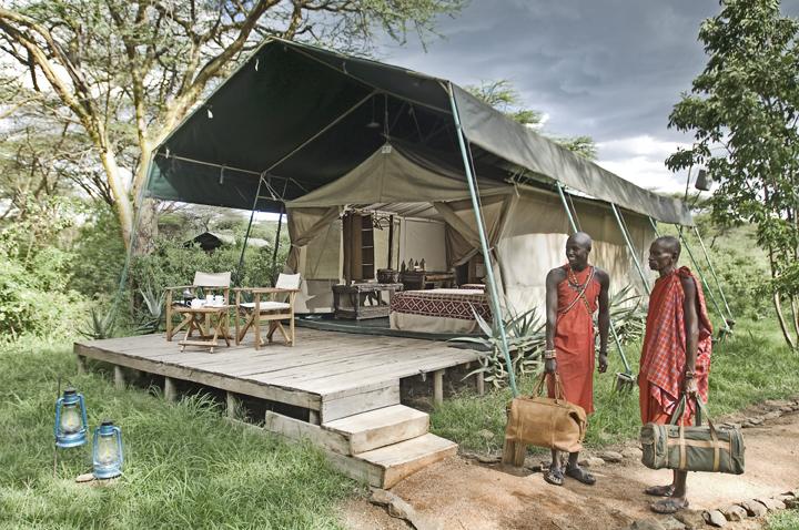 Einheimische im Porini Mara Camp in Kenia | Abendsonne Afrika