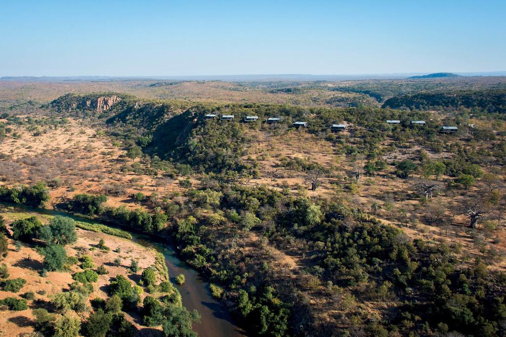 Blick auf das The Outpost in Südafrika | Abendsonne Afrika