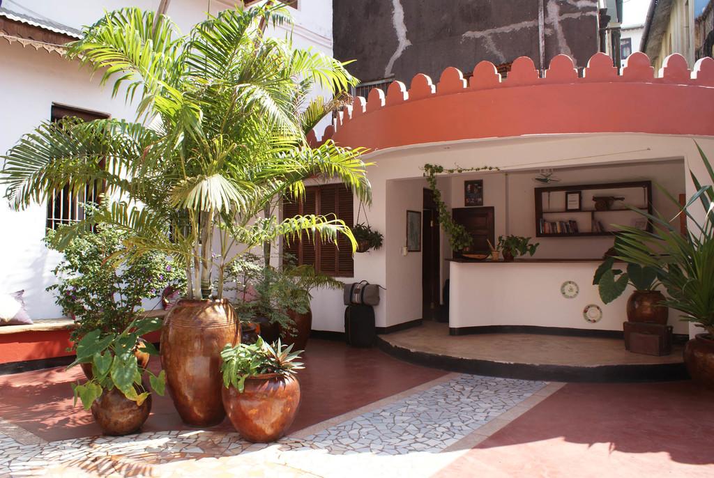 Rezeption des The Swahili House auf Sansibar | Abendsonne Afrika