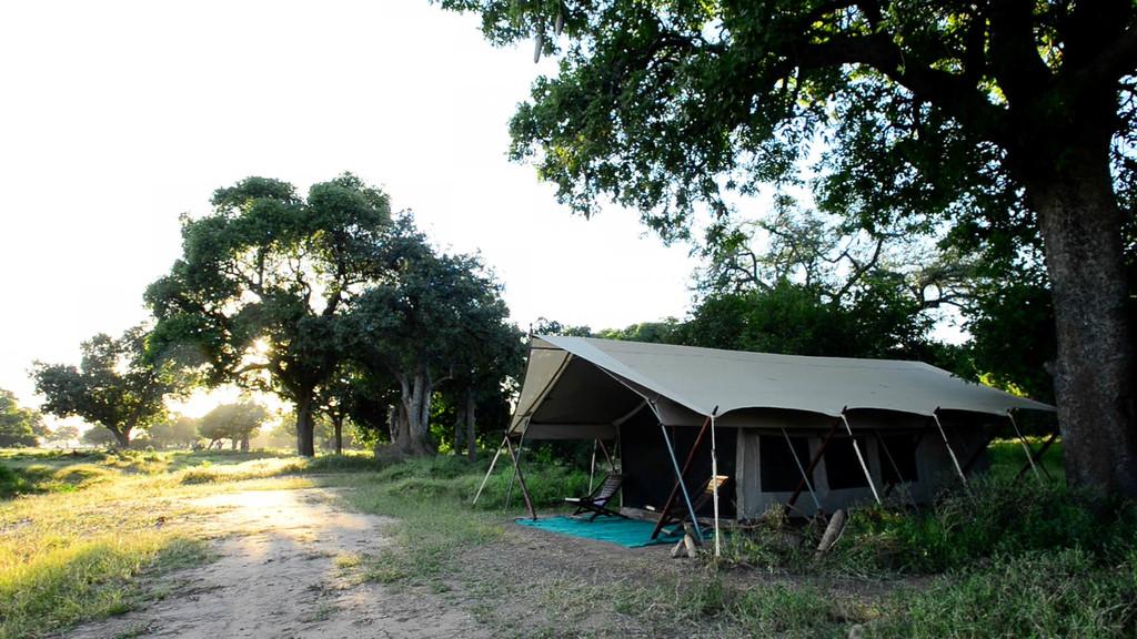 Zelt im Zambezi Expeditions in Simbabwe | Abendsonne Afrika