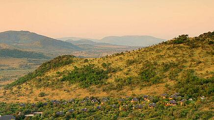 Landschaft im Pilanesberg National Park in Südafrika | Abendsonne Afrika