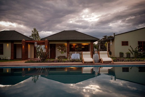 Acacia Farm Lodge | Abendsonne Afrika
