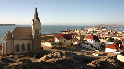 Blick auf Lüderitz in Namibia | Abendsonne Afrika