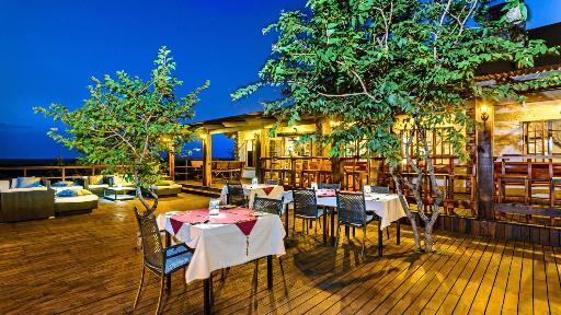 Etosha Safari Lodge | Abendsonne Afrika