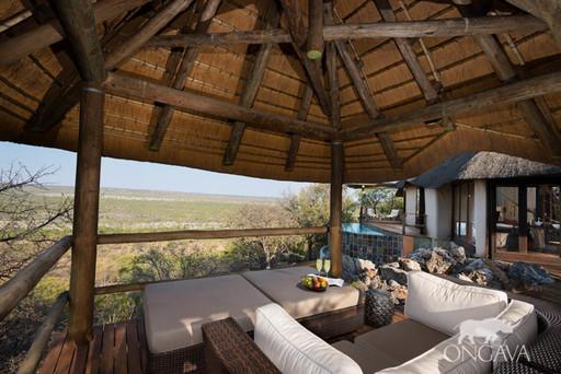Little Ongava Lodge   Abendsonne Afrika