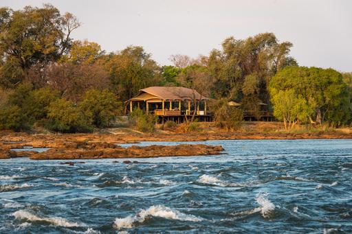 Toka Leya Camp | Abendsonne Afrika