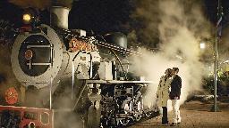 Lokomotive des Rovos Rail, Südafrika | Abendsonne Afrika