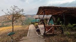 Zelt im Eagle's Nest in Uganda | Abendsonne Afrika
