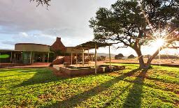 We Kebi Safari Lodge Haupthaus