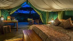 Zelt im Ilkeliani Camp in Kenia   Abendsonne Afrika