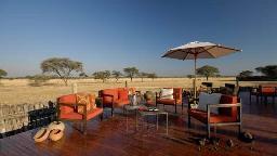 Varada in der Frans Indongo Lodge in Namibia | Abendsonne Afrika