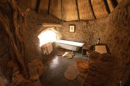 Badezimmer im Camp Amalinda in Simbabwe | Abendsonne Afrika
