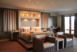 Schlafzimmer des De Tafelberg Guesthouse in Südafrika   Abendsonne Afrika