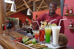 Cocktails im Dunes Difaty auf Madagaskar | Abendsonne Afrika