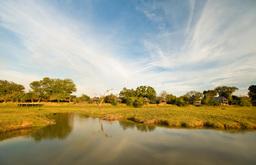 Luangwa River vor der Kafunta River Lodge in Sambia | Abendsonne Afrika