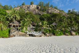 Strand vor dem North Island Resort auf den Seychellen   Abendsonne Afrika