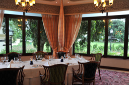 Delagoa Restaurant im Polana Serena Hotel in Mosambik | Abendsonne Afrika