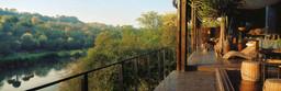 Ausblick von der Singita Sweni Lodge in Südafrika | Abendsonne Afrika